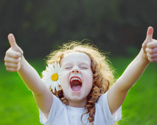 Parent_Life_Positive-reinforcement-for-ADHD-children_Article_812_girl-thumbs-up_ts_505175324-1-scaled.jpg-2